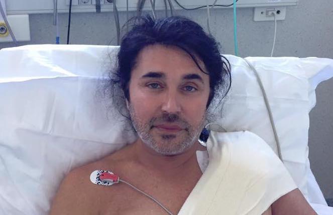 Scialpi, dopo l'operazione al cuore il cantante rassicura: 'Intervento finito, tutto ok'