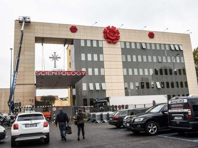 Apre a Milano la sede di Scientology più grande d'Italia
