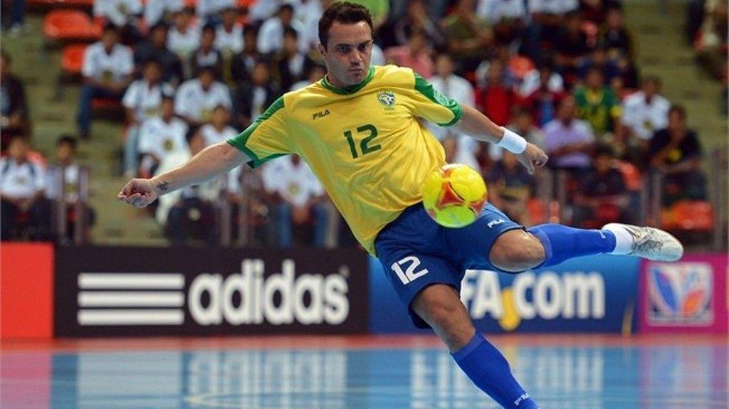 Calcio a 5, strepitoso Falcao: gol pazzesco di tacco [VIDEO]