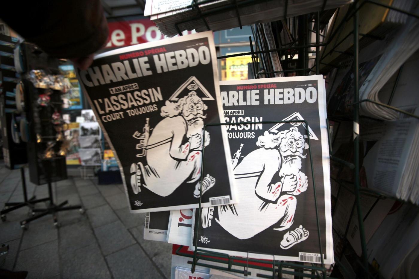 La copertina di Charlie Hebdo per l'anniversario della strage