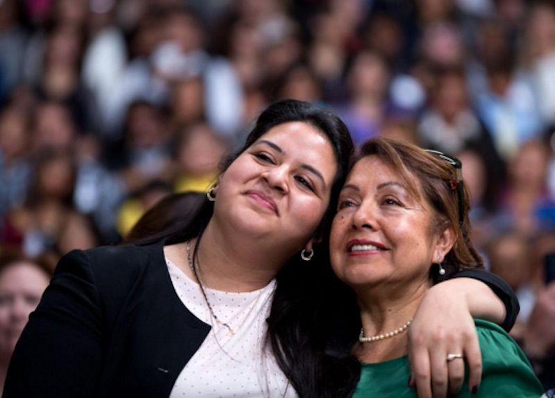 lorella praeli con la mamma chela