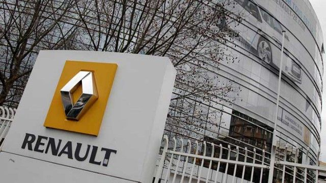 Renault si difende