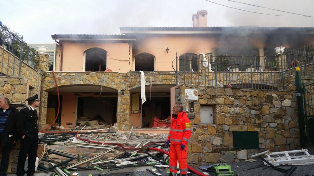 Gabriel Garko ricoverato in ospedale dopo l'esplosione di una casa a Sanremo
