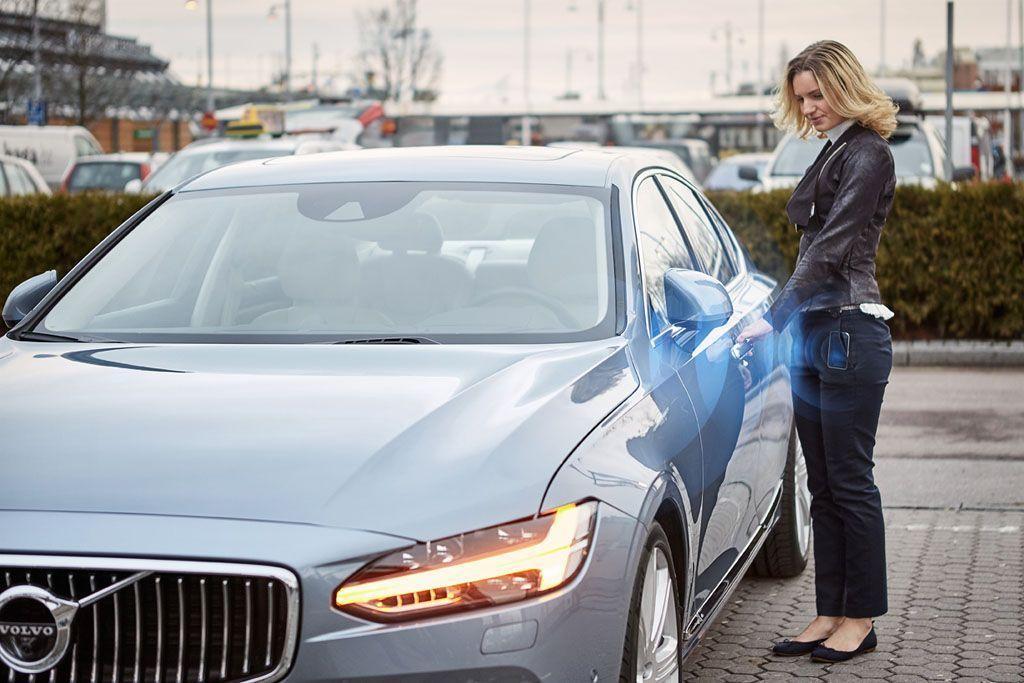 Nuova Volvo si apre con lo smartphone