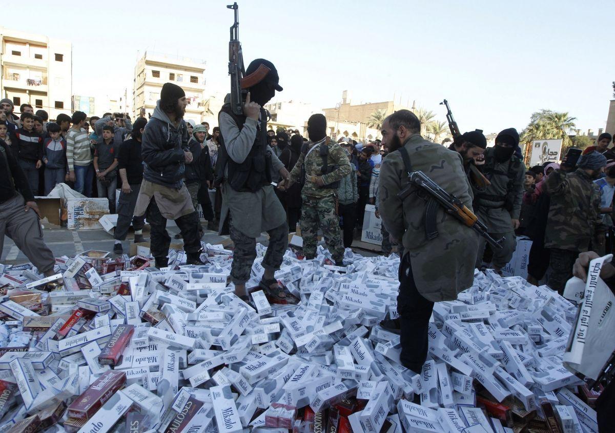 Isis contrabbando