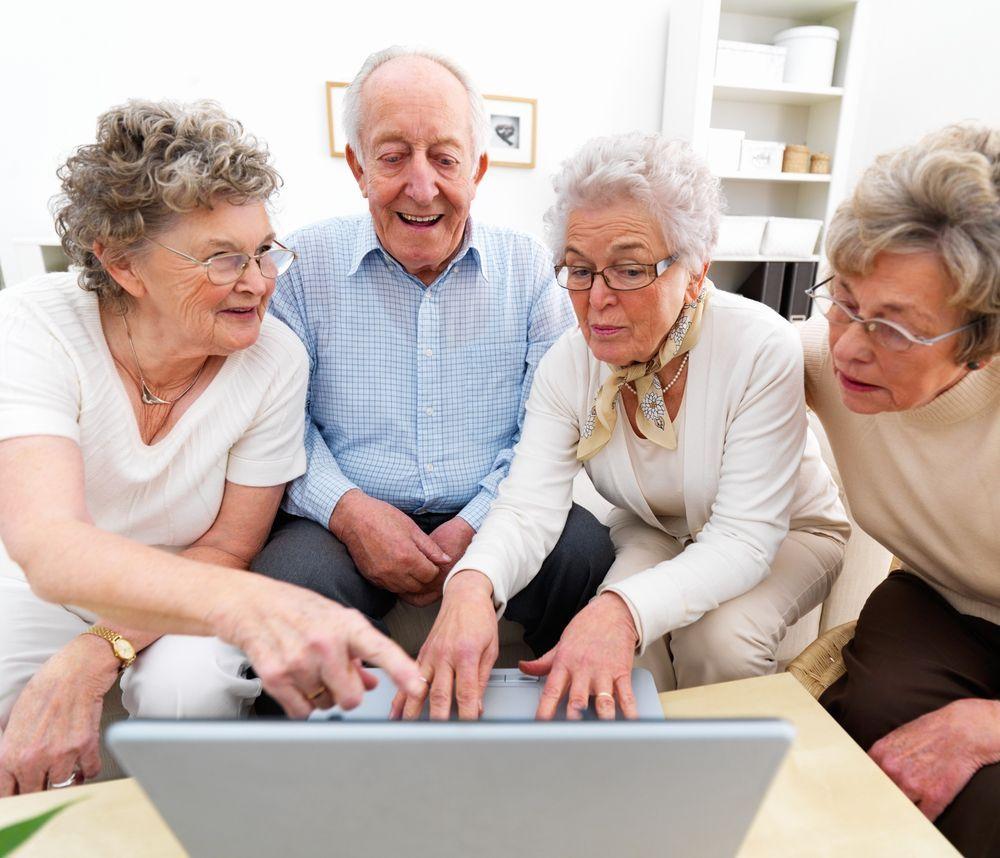 anziani e pc