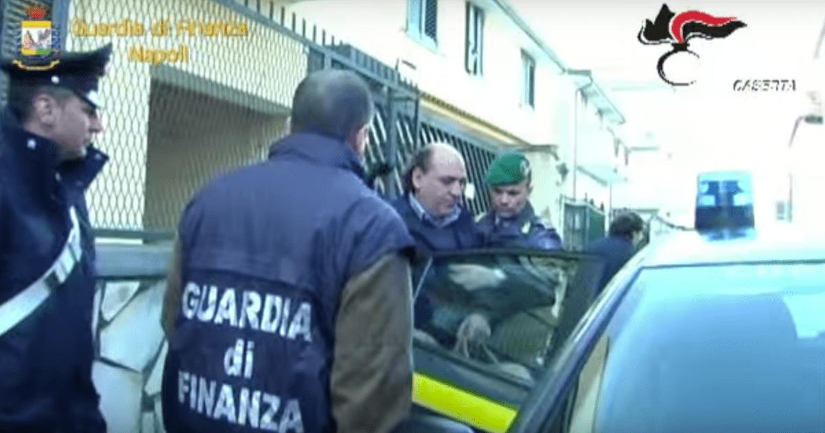 arresti santa maria capua vetere per favoreggiamento clan casalesi.jpg