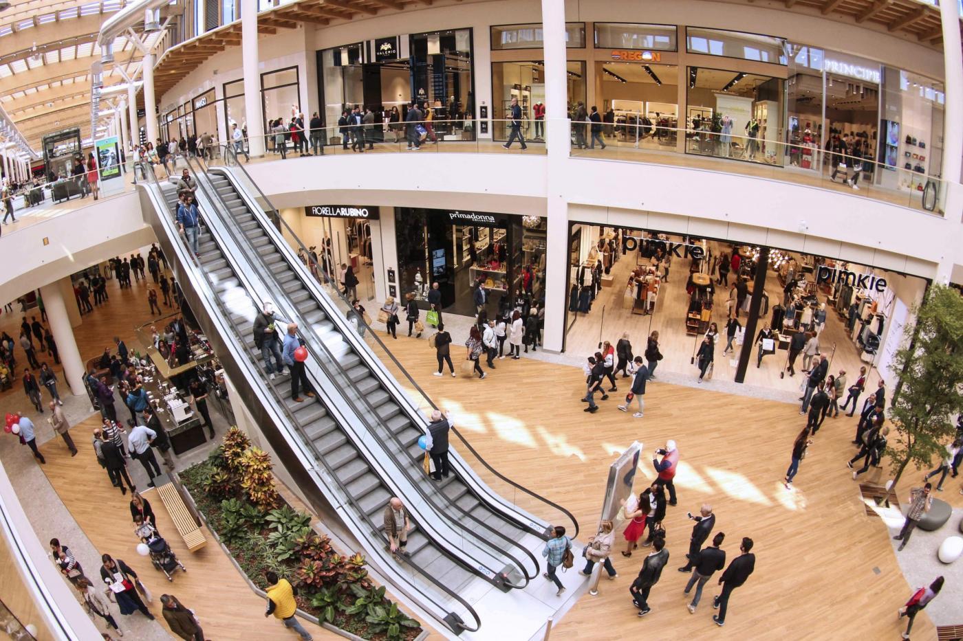 Milano inaugurato ad Arese il centro commerciale piu grande d'Italia