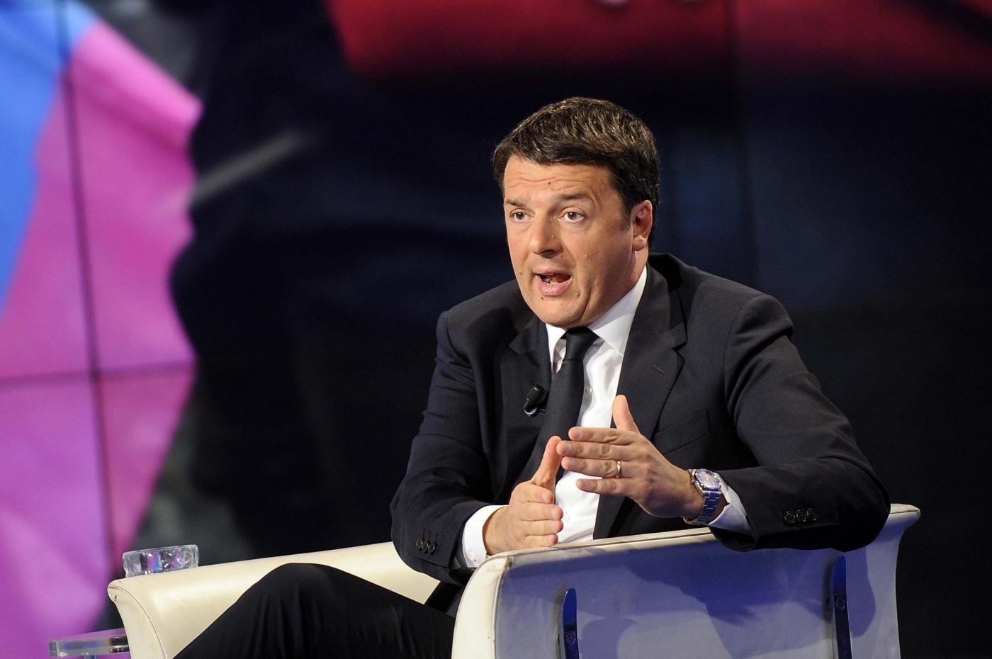 Matteo Renzi: 'Ho giurato sulla Costituzione non sul Vangelo'
