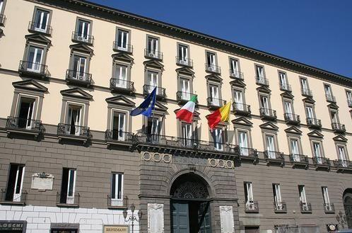 Elezioni comunali Napoli: ballottaggio tra Luigi De Magistris e Gianni Lettieri