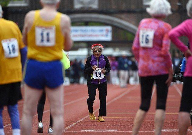 nonna record sui 100 metri
