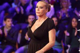 Amore Criminale, Barbara De Rossi: 'Con dispiacere lascio la conduzione del programma'