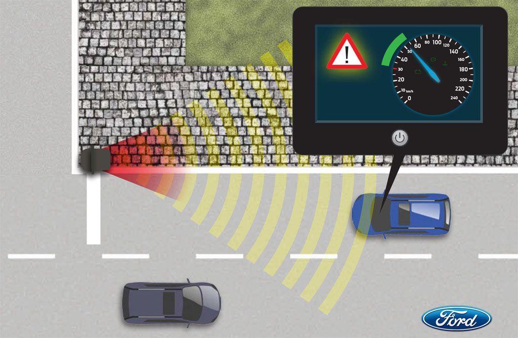auto connesse ford semafori