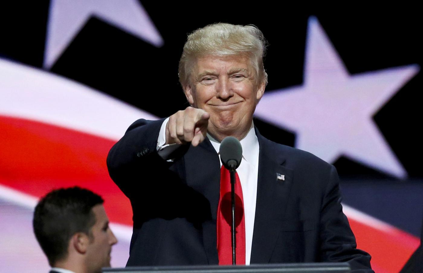 Usa 2016, la corsa di Donald Trump per conquistare voti indecisi