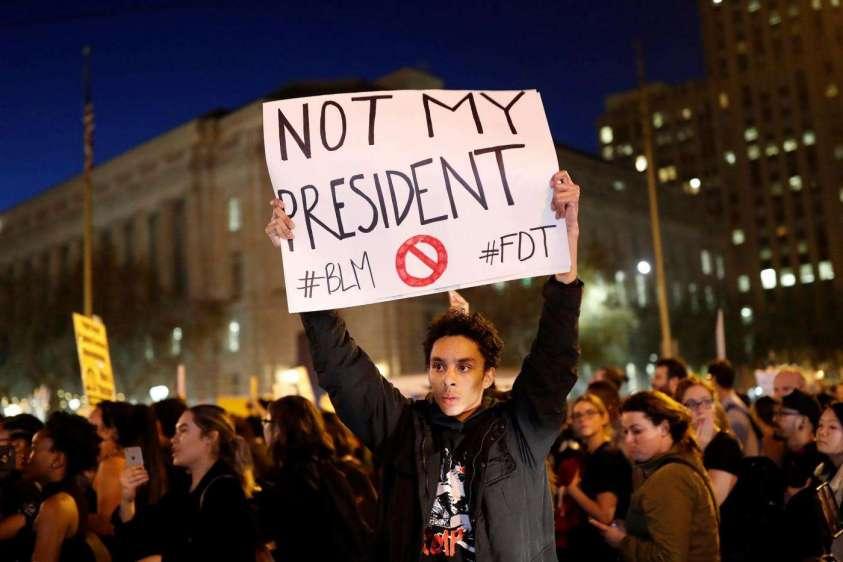 proteste contro donald trump