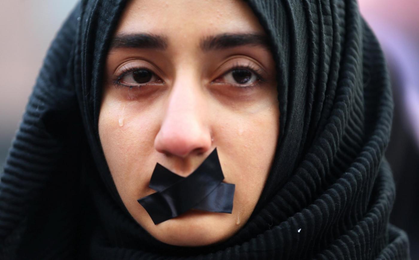 Protesta a Sarajevo a sostegno del popolo siriano