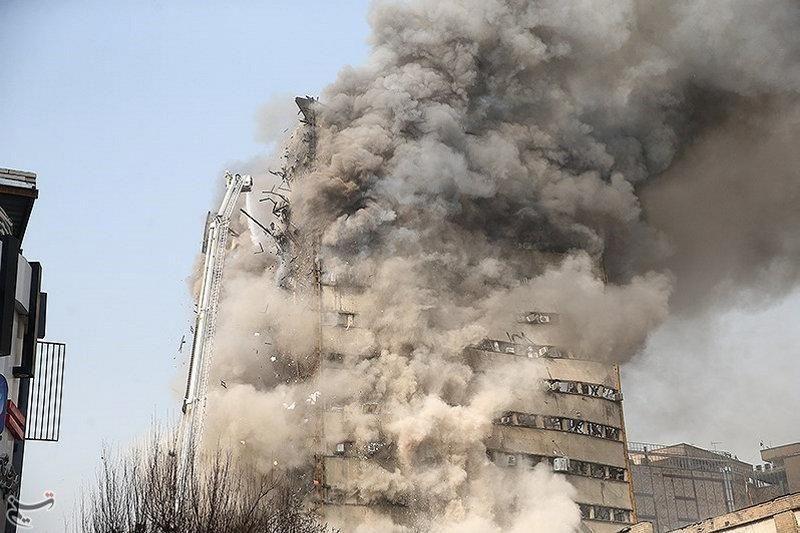 Iran, scoppia un incendio nella capitale Teheran