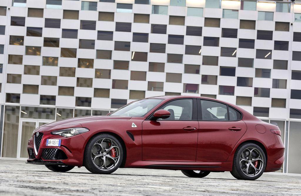 differenza tra utilitaria e berlina - Alfa Romeo Giulia