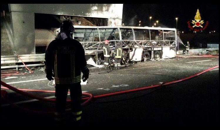 Verona incidente bus