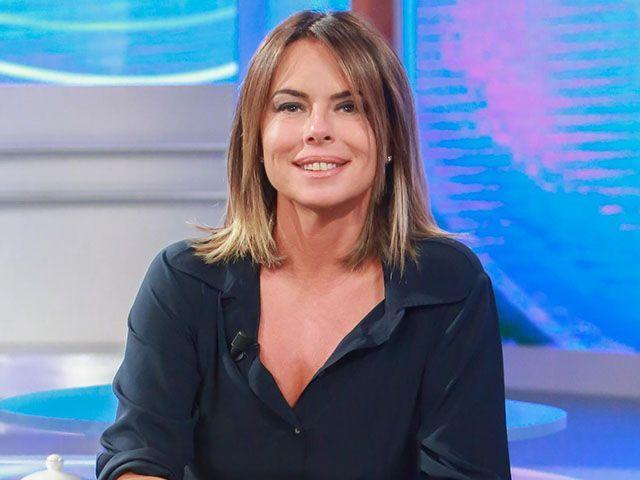 Paola Perego Le Iene Parliamone Sabato