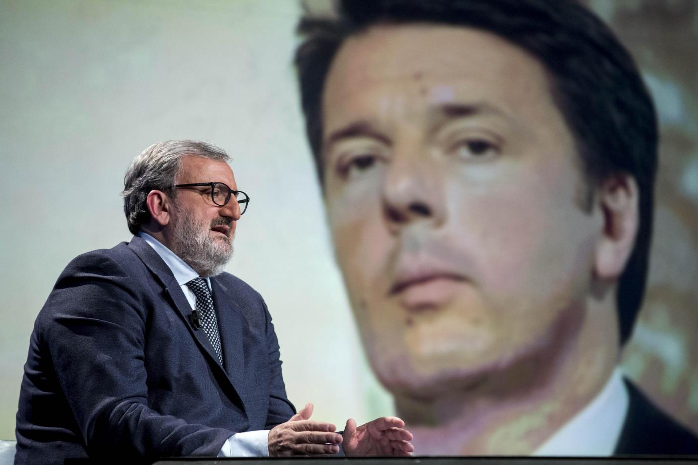 primarie pd sondaggi matteo renzi Michele Emiliano