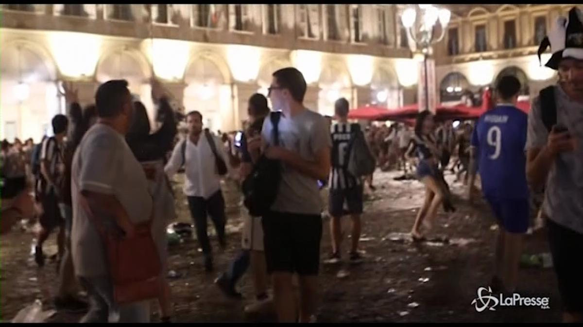 Torino feriti in Piazza San Carlo dopo la finale di Champions League