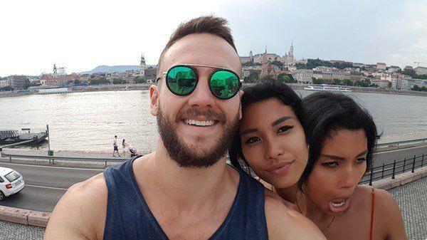 selfie due teste