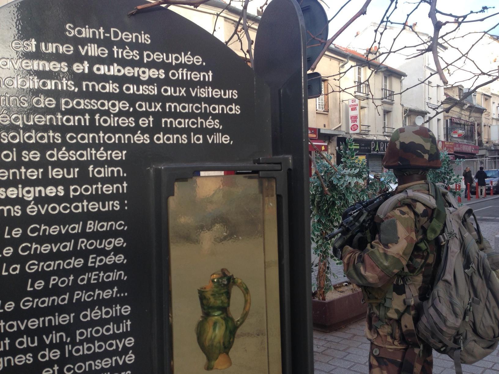 Parigi: blitz all'alba, assedio alla 'mente' delle stragi