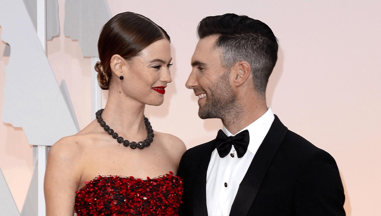 Adam Levine moglie Behati Prinsloo incinta