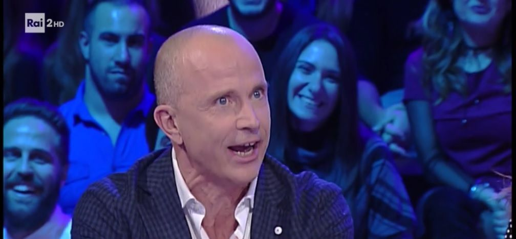 Giorgio Mastrota contro Forum