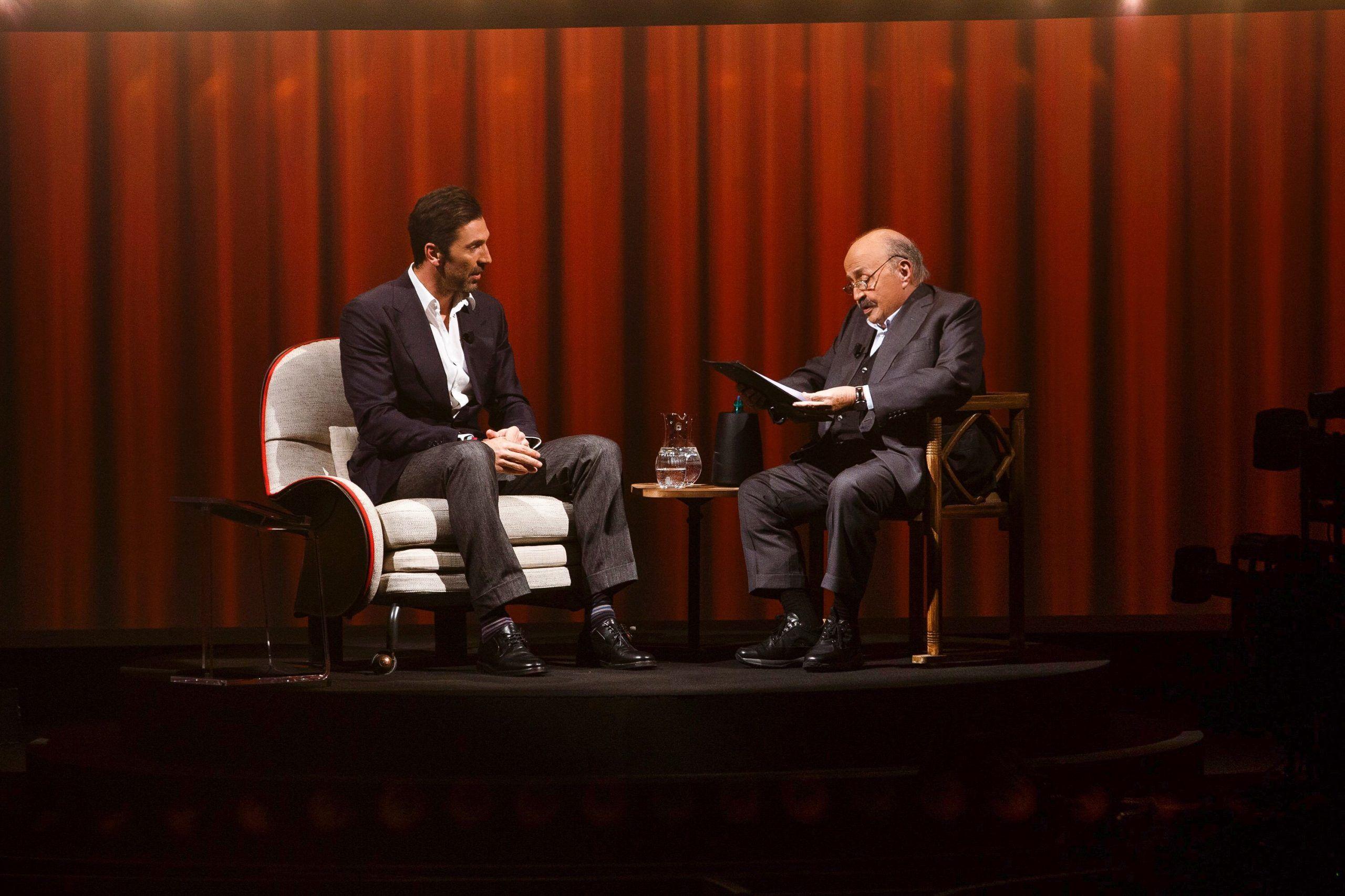 Gigi Buffon a L'Intervista di Costanzo