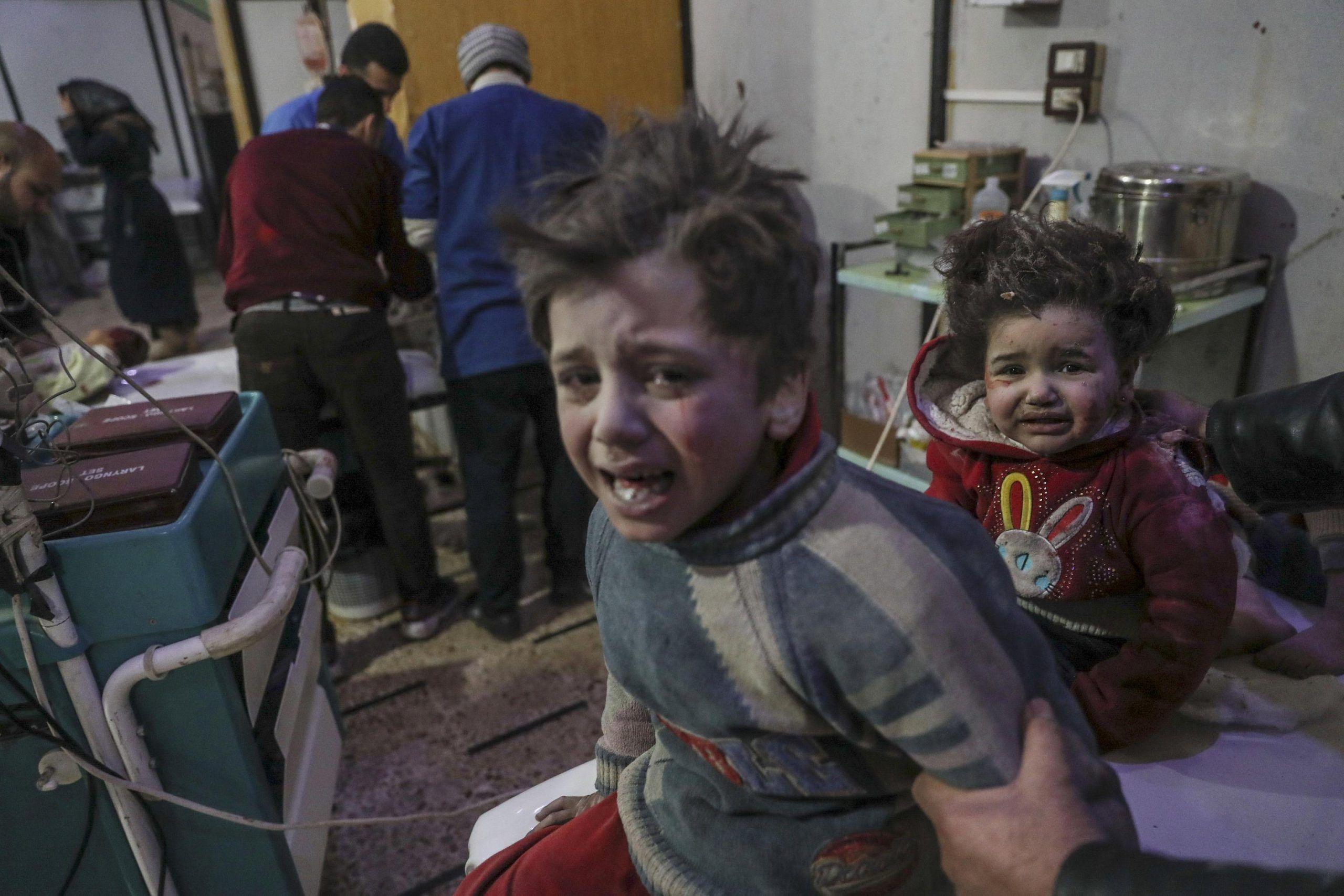 Bombe su Ghouta Orientale in Siria