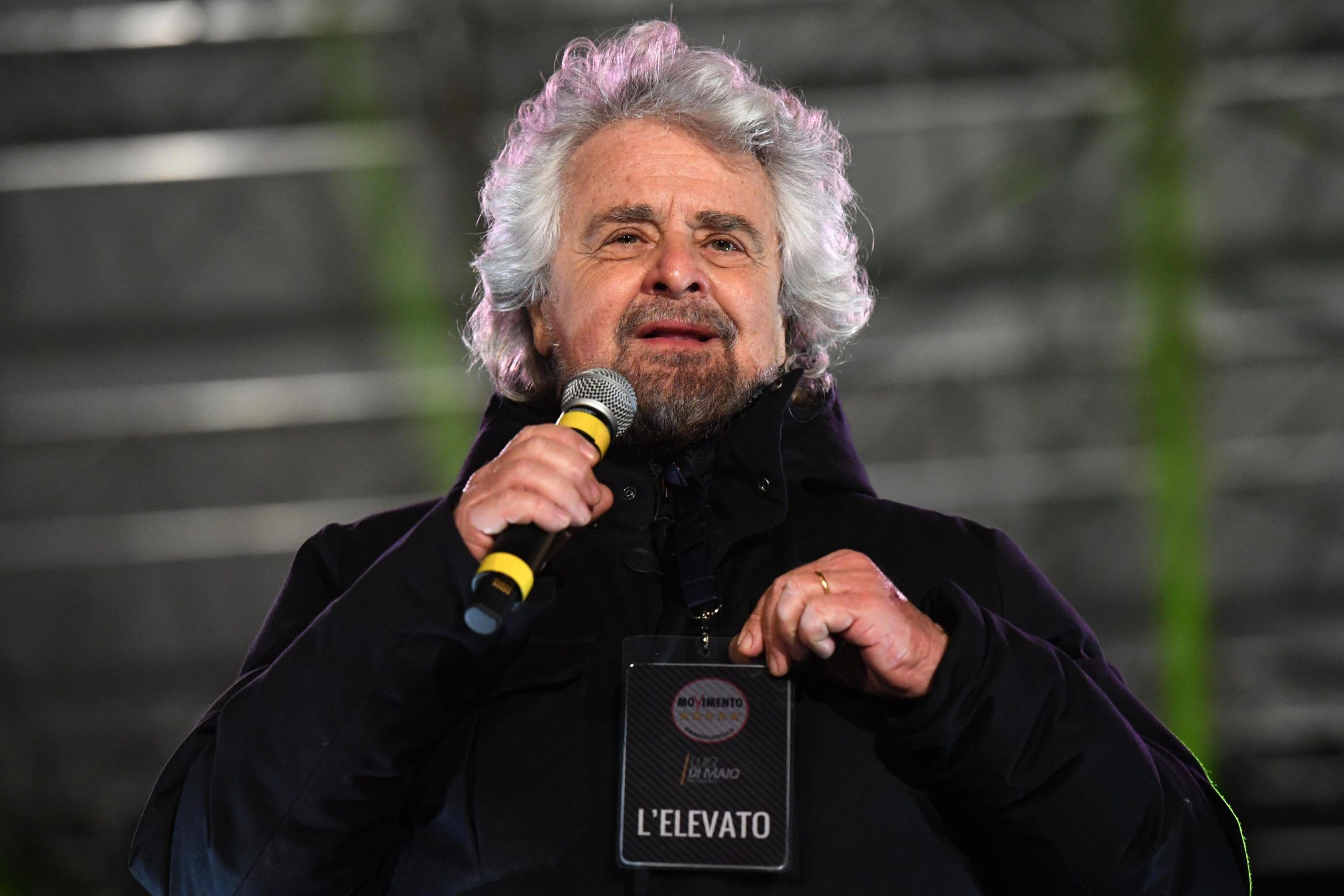 Beppe Grillo e il reddito di nascita