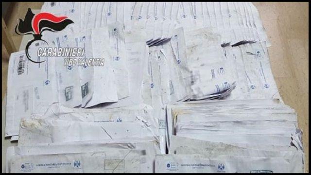 postini denunciati gettano le lettere