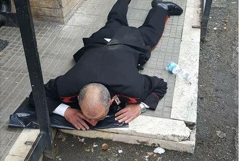 Frosinone: carabiniere picchiato da migrante all'Ufficio Postale. E' già libero