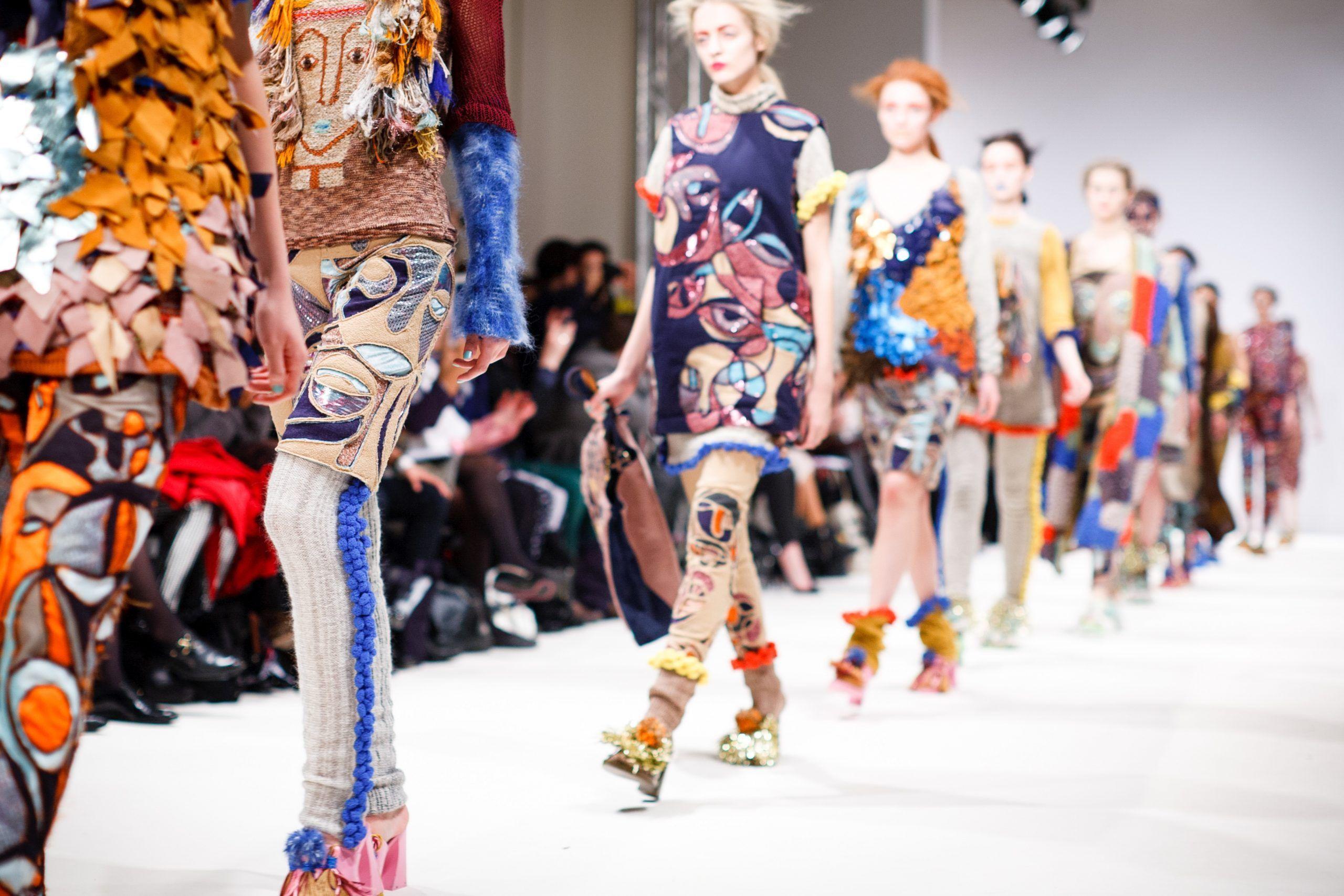 fast fashion moda inquina ambiente