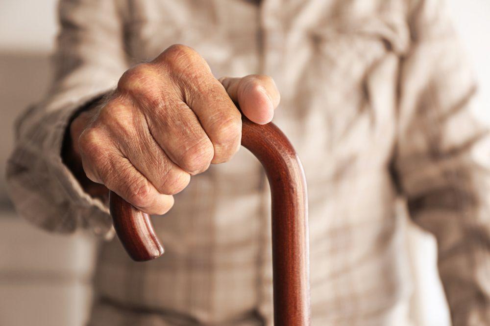 bastone anziano