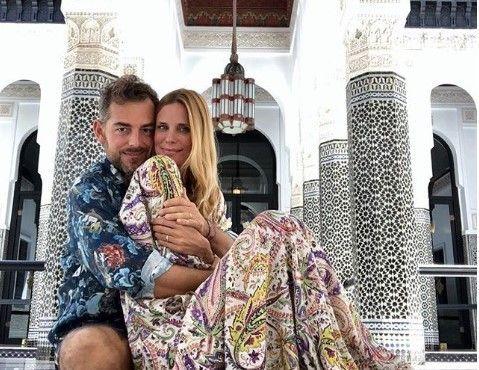 Filippa Lagerback e Daniele Bossari in viaggio di nozze: critiche per l'assenza della figlia Stella
