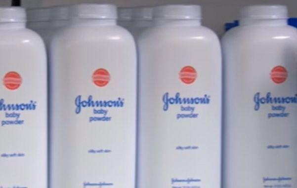 Amianto nel borotalco Johnson&Johnson condannata a pagare 4,7 miliardi di dollari