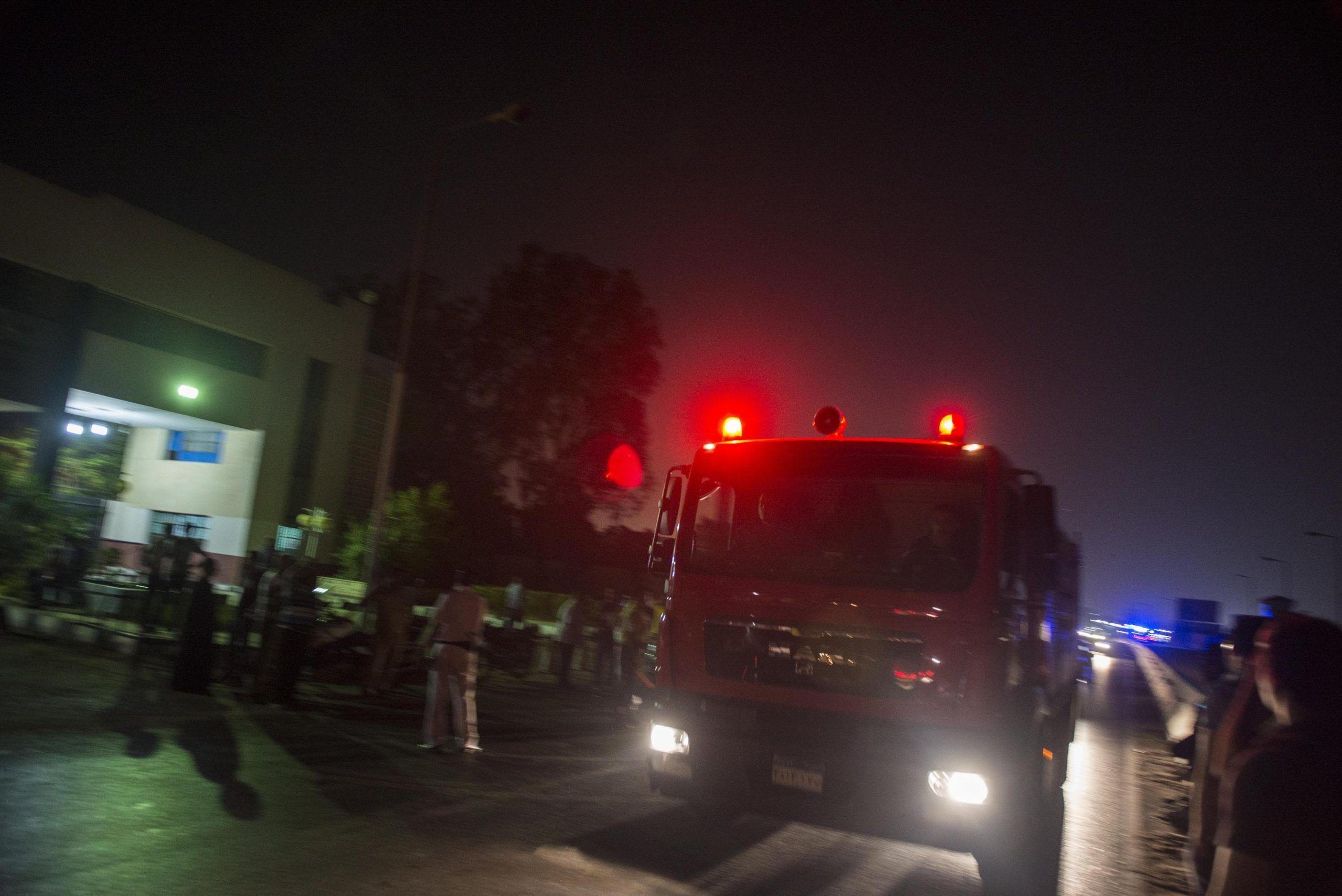 Il Cairo, maxi esplosione in aeroporto fiamme, feriti e voli bloccati