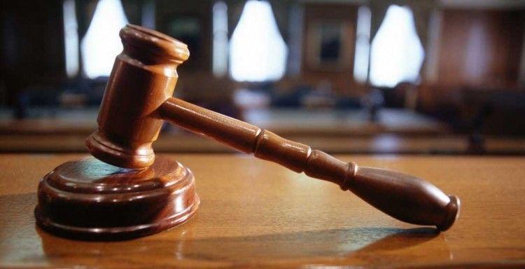 giudice applica salva suicidi