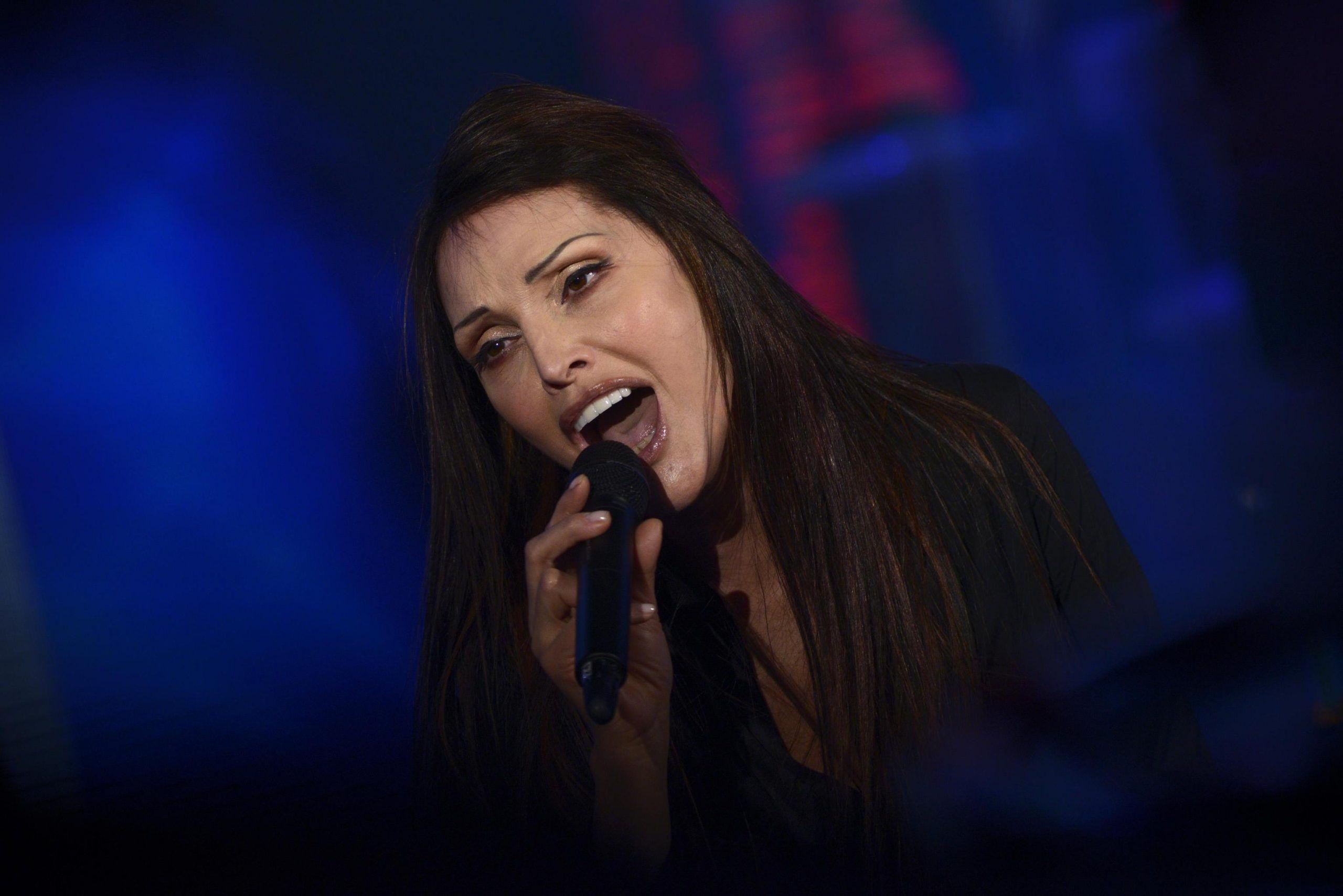 Anna Oxa, preoccupazione per la cantante che annulla due concerti: 'Problemi di salute'