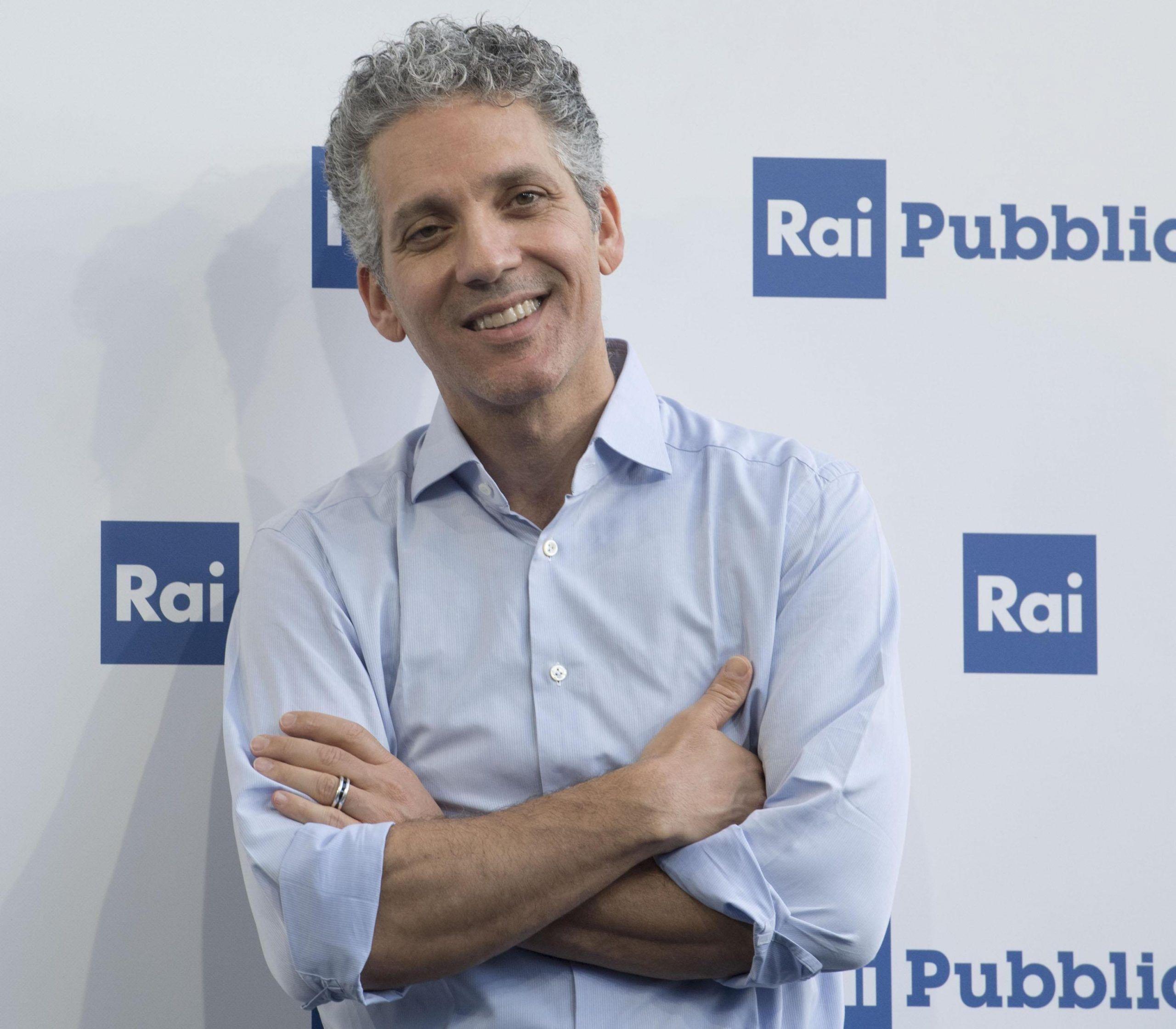 Beppe Fiorello, lo sfogo contro la Rai: 'Bloccano la mia fiction e nessuno si fa sentire'