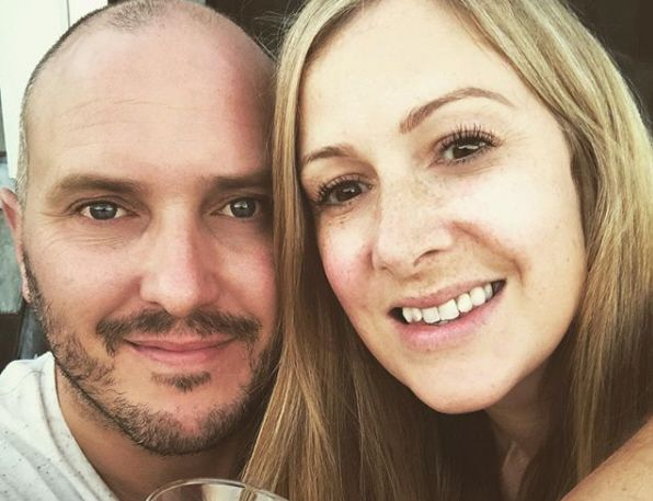 Giornalista stroncata da un tumore, lascia regali al figlio per 17 compleanni