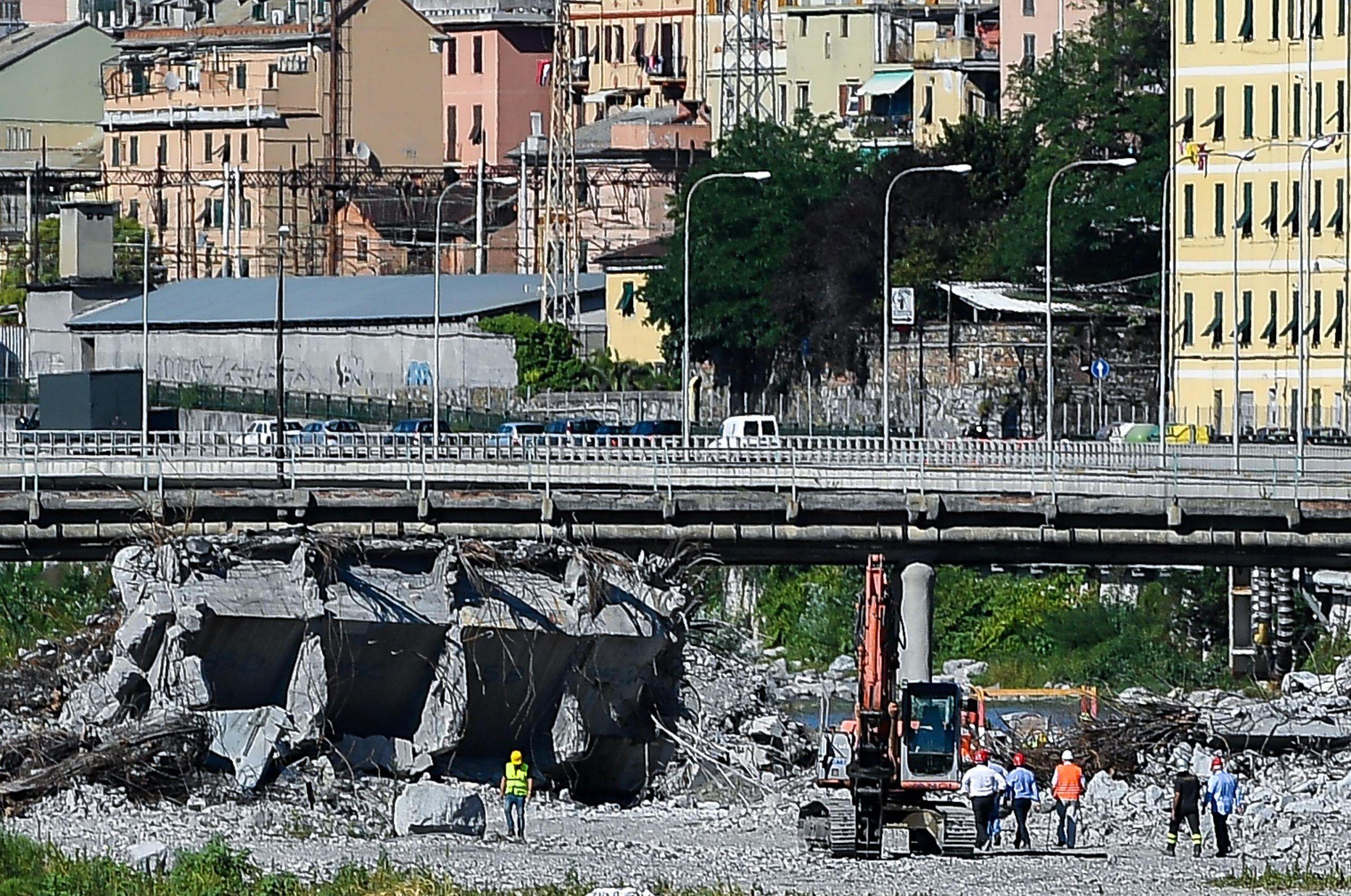 Ponte Morandi, la commissione perde un altro pezzo Santoro indagato, si dimette