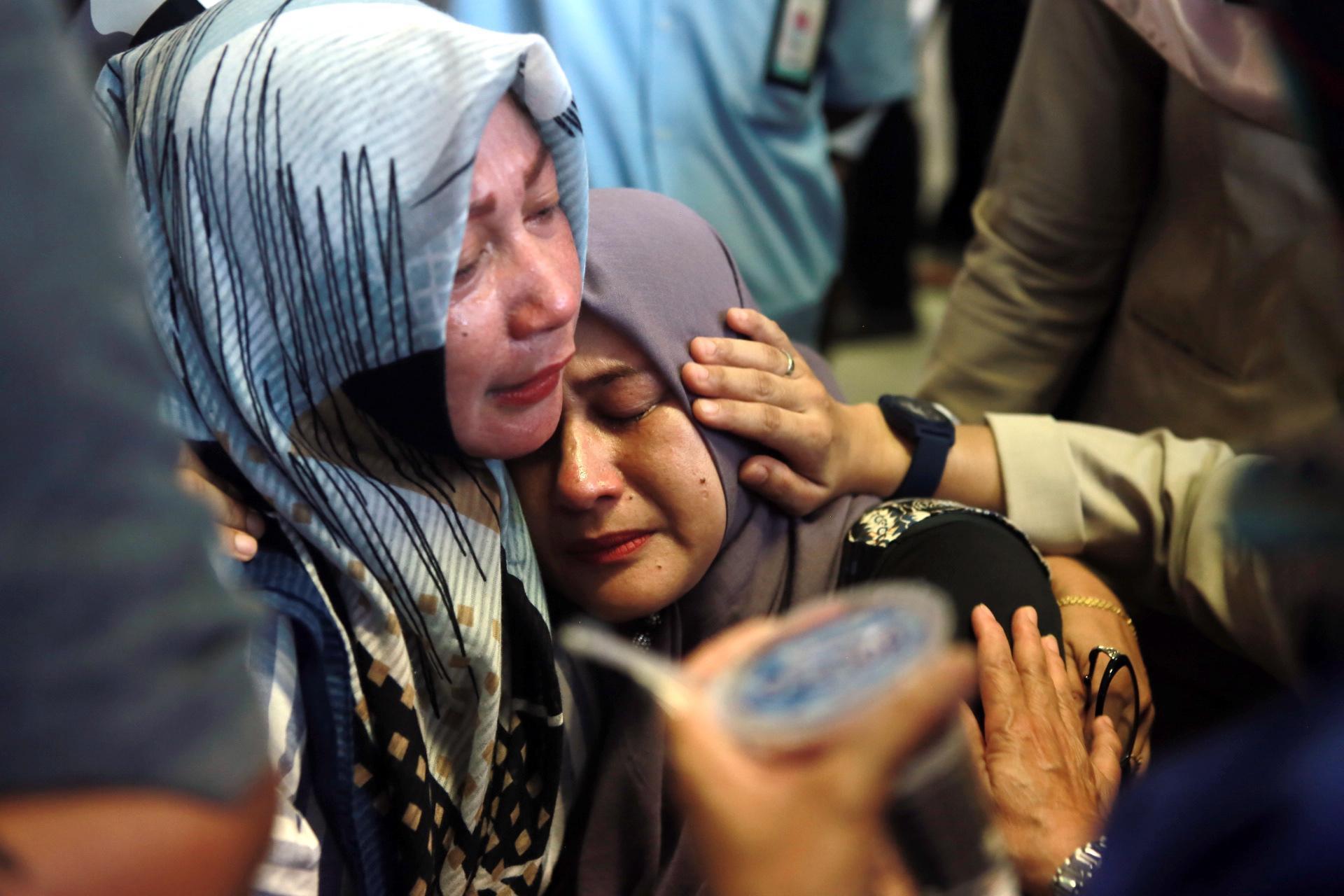 disastro aereo indonesia