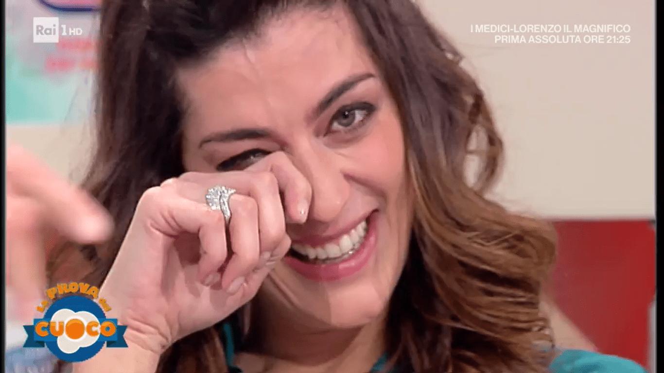Elisa Isoardi si commuove a La Prova del Cuoco per lo chef Natale Giunta
