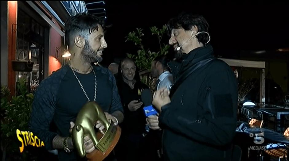Fabrizio Corona, Tapiro per il rifiuto della sua donazione benefica: 'E' una fake news'