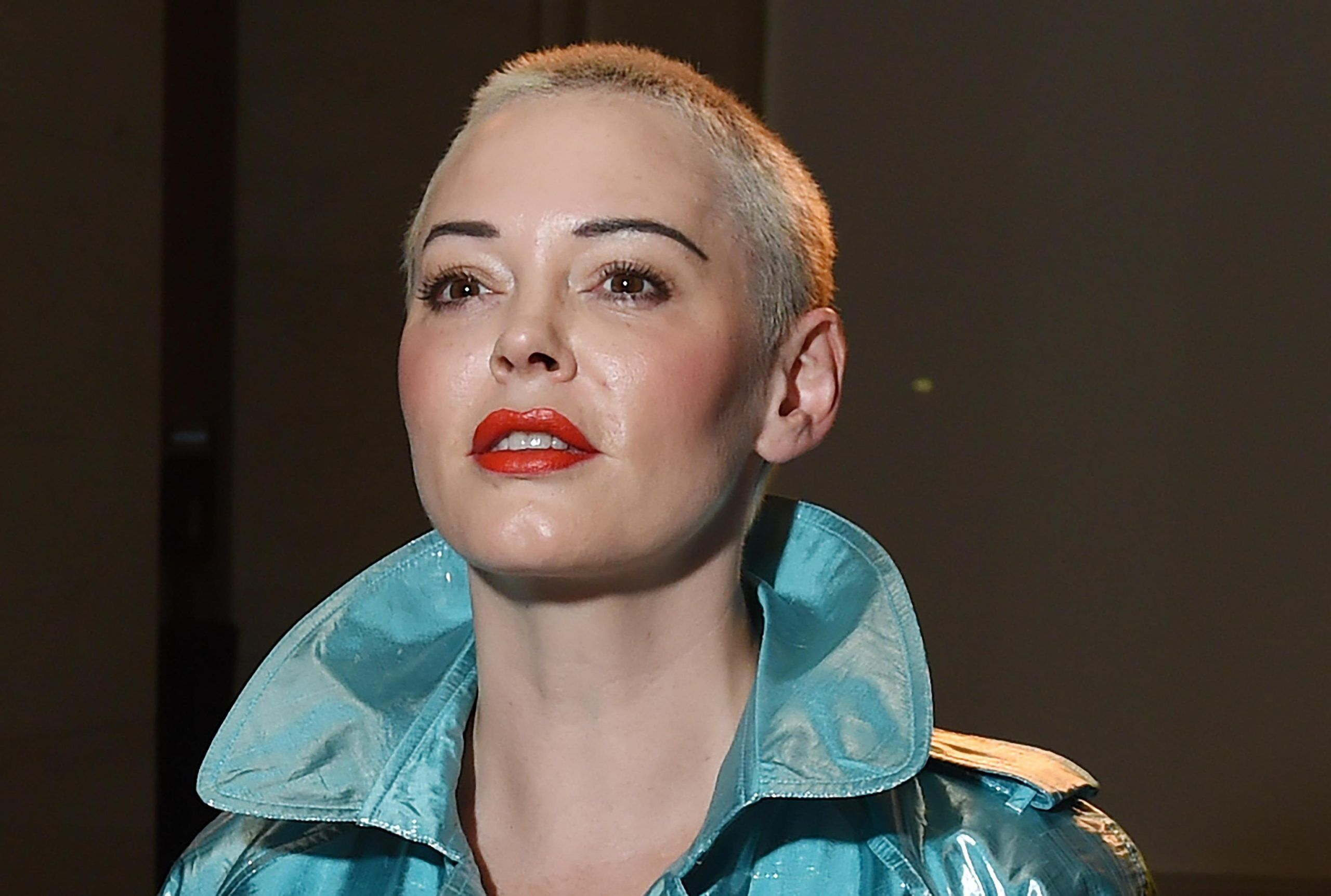 Rose McGowan contro il movimento Metoo: 'Solo str***e. Le attrici attiviste? Codarde e perdenti'