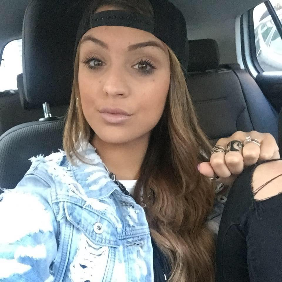 Uccise l'ex, condannato per omicidio stradale: la madre della vittima tenta il suicidio dopo la sentenza